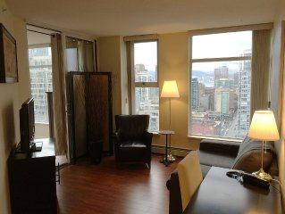 Executive 1BR+Den Suite with View