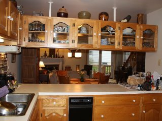 The Perfect Get-Away-3 bedroom 3 bath-close to Jay Peak & Burke Mtn