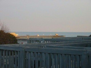 Shore Drive Condo Sleeps 7 - After August 19, Labor Day & Fall available