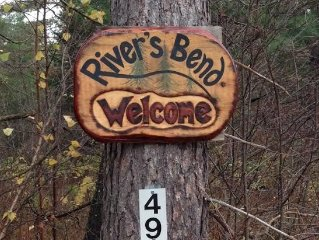 River's Bend Cabin - Log Home in the White Mountains Perfect for all Seasons