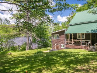 Awesome Rustic Lakefront Cottage Near Bethel Village