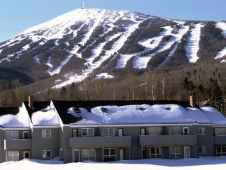 **Ski In/Out** 4 bdm, 3 bath - Sugarloaf Mountain!!