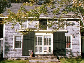 Early American Barn-Charming Salt Water Cottage In Historic Cushing, Maine
