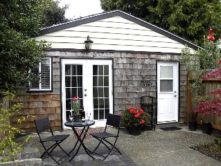 Cedar Cottage - Private cottage in the heart of Victoria