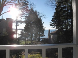 Classic Cottage with Ocean View on beautiful Spruce Pt - access to Pools & more!