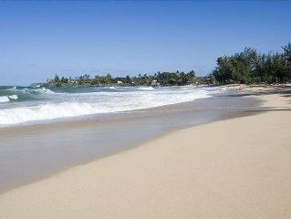 3 Bedroom Home - in Paia Town - Walk to it All