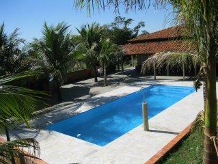 Chácara com piscina, churrasqueira, casa bem equipada, lagos