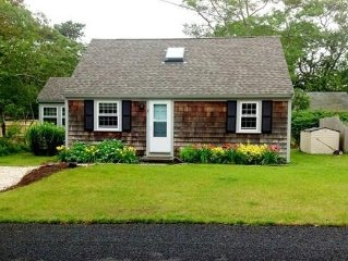 Charming Updated 3 Bedroom Cape Cottage, Close To Beach