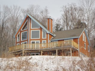 Post & Beam Home, Mtn Views, Cathedral ceilings, Large Deck, Fireplace