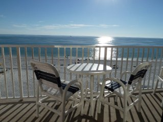 Listen to the Waves - Direct Gulf Front -WiFi, Parking and Long DistanceIncluded