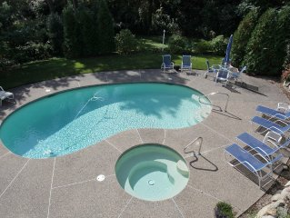 Heated Pool And Hot Tub. Ocean Views And 3 Minute Walk To The Beach!