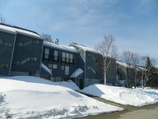 Highest Rental On The Mountain, Cozy, Comfortable Condo; First Tracks!