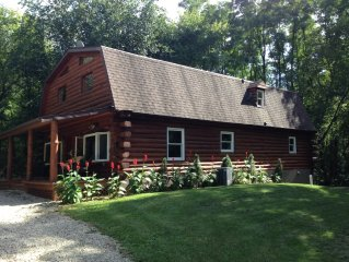 Total Privacy !!! Log Home Surrounded By 5 Acres Of Woods near Geneva Lake.