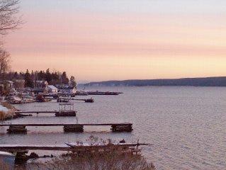 Lake Superior View. Near trailhead. Clean and Beautiful.