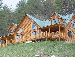 Highlands at Chisholm Creek - Beautiful, Water-Front Mountain Log Home