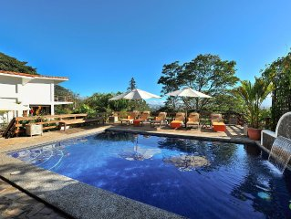 Elegant, fully equipped residence with heated pool and great views