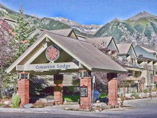 Ski-in/Ski-Out 2 Bedroom, Mtn Views - River Trail 1 Free Night