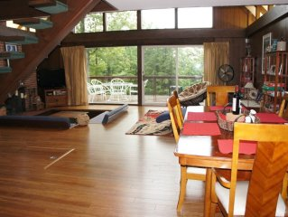 Charming Chalet within 1 mile from Bromley Mt.