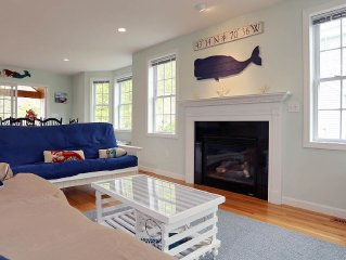 Perfect Location In-town townhome, short walk to beach and Ogunquit village