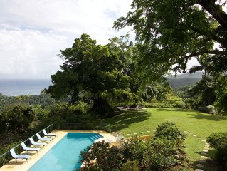 Private estate, ocean views, fully staffed, pool, sleeps 14 in villa, cottage