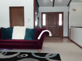**Extended Stay Loveland Home with Mountain Views **