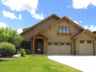 Welcome To Mountain Luxury At Big Horn!