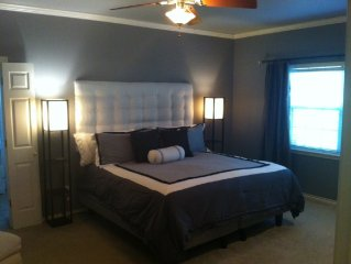 Sleeps 13 Close to Kyle Field