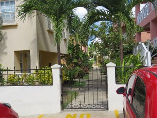 Luxury air conditioned sea view 2 bedroom Villa with shared pool