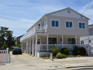 Stone Harbor/Avalon Getaway! One block from beach!
