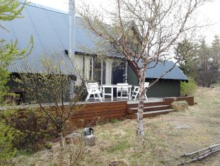 Charming 'beachfront' holiday house, exclusive and quiet location
