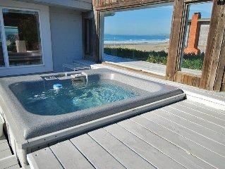 Ocean Front /Hot Tub/Hot Rock Sauna/Pets/2 ngt min/Wheelchair Access.