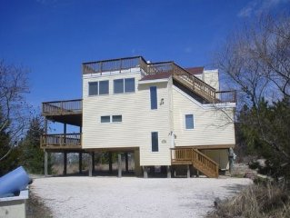 4BR Beach Home With Spectacular Bay Views And Large Heated Pool