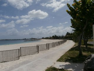 One Bedroom Apartment - Close To White Sandy Beach