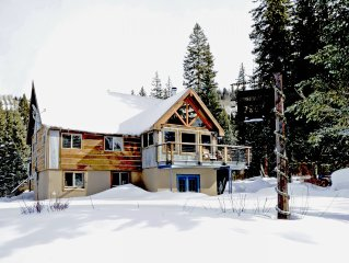Ski in Ski out PARADISE in the Winter! Perfect Wedding Cabin in the Summer!