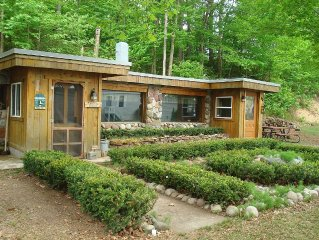 Charming Rustic Cabin  Lake Superior Lakeview