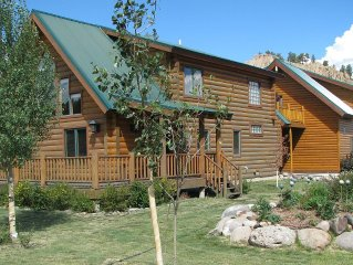 Riverfront Log Cabin - 17 Miles from Wolf Creek - WIFI