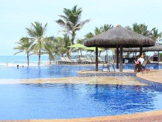 Apto no Acqua Resort FRENTE MAR colado no BEACH PARK Porto das Dunas / Fortaleza