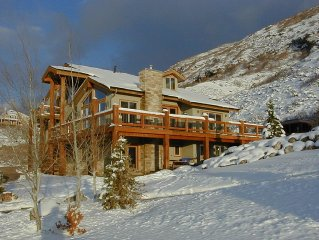 House-2 Kitchens-10 Person Spa, Views, Near Cottonwood Canyons, Honeymoon suite