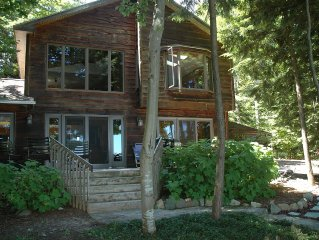 Modern Cabin On Traverse Bay! Private Beach, Jacuzzi Tub! Winter Discounts!