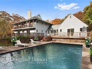 New Fully Remodeled Post Modern Home, Perfect getaway for a family