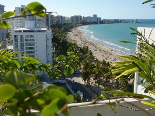 Ocean Front 2 floors penthouse, 2 Bedrooms, free parking, WIFI