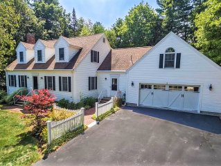 Private, High End Retreat 3/4 Of A Mile To Dock Sq & All That Kpt Has To Offer!