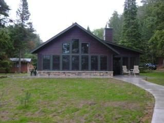 Chalet style cottage, close to snowmobile trails.