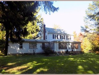 Special Fall Pricing...Pocono Country House With A/C - Private Pool - on 5 Acres