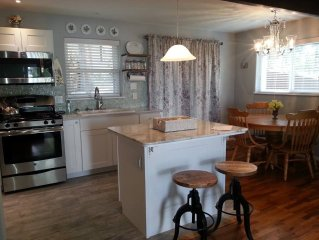 Bethel Cottage ~ freshly remodeled and beautiful!