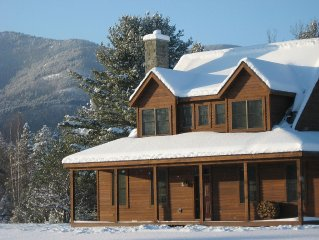 Top Rated, Hot Tub, Two Fireplaces, Outdoor Firepit, Whiteface Mountain Views