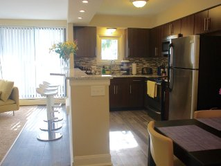 H1 #5 Ann Arbor (Bellanina) Guesthouse- Across from Big House - Modern Luxury