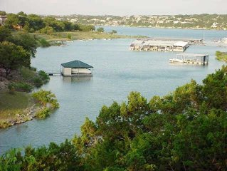 Beautiful Lake Travis Waterfront Home Close to all Amenities