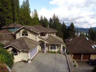 Lovely Deep Cove Home in North Vancouver