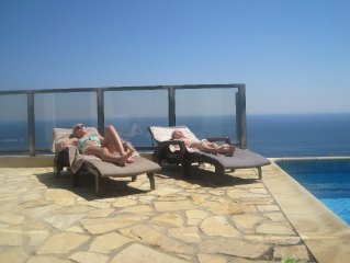 Luxury home with heated pool and 180 degree ocean views - 8 people